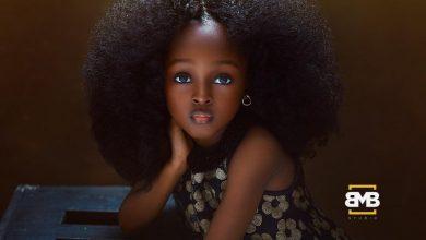 Photo of مصورة نيجيرية قامت بتصوير أشخاص ذوي جمال فريد فظهروا وكأنهم من عالم آخر!